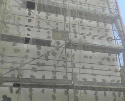 aislamiento térmico exterior de un edificio